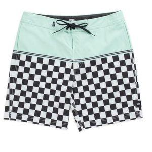 NWT Van's board shorts sz 38